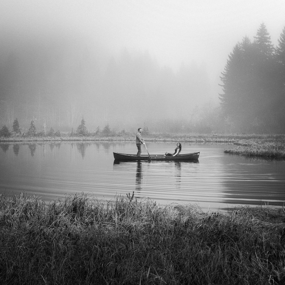 outdoor engagement photo on a pond in Washington